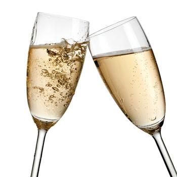 Vente et dégustation de vin - verres de champagne-mousseux-cava